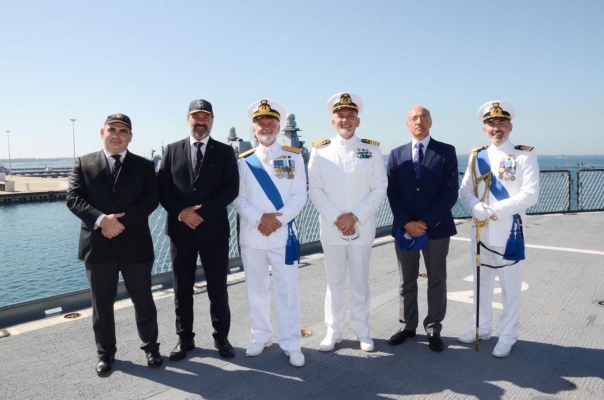 Cambio al vertice del CINCNAV - Cerimonia a bordo di Nave Garibaldi